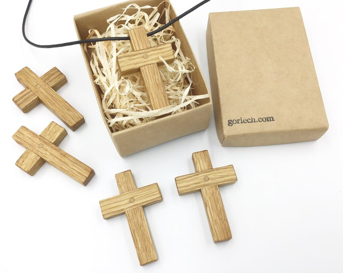 Oak crucifix - Oak wood cross pendant necklace - Christmas gift - Handmade wooden Christian Religious Wood cross - Unisex - Gift boxed