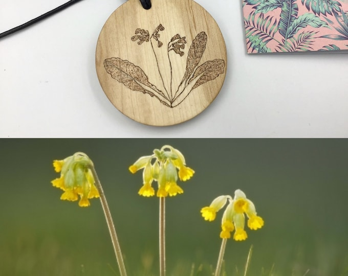 Large Cowslips pendant - Hazel Wood Circle necklace - Handmade Pyrography / Wood Burnt - Cowslip Flowers unique design - birthday gift idea