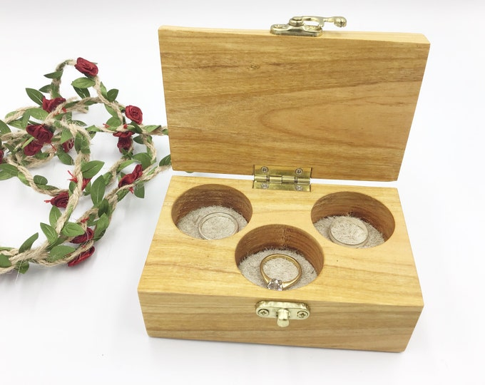 Jewellery box. Live edge Cherry wood jewelery box. Treasure chest. Ring / Earring / Charm box. Luxury rustic woodland box. Birthday gift