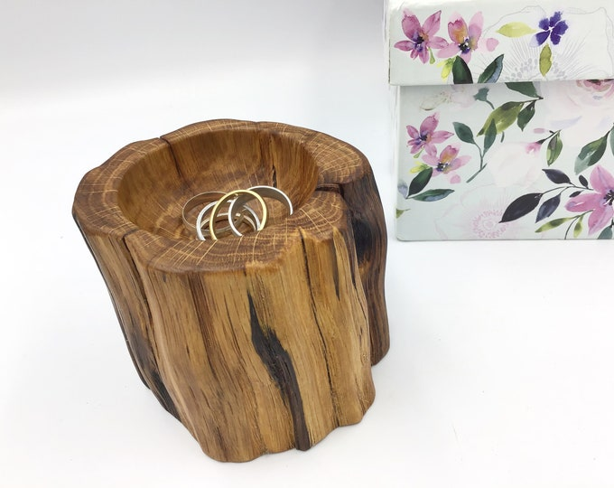 Mother's Day gift - Bedside ring dish - Perfect one of a kind ring bowl for Mothering Sunday - Handmade from ancient Oak wood - Primitive