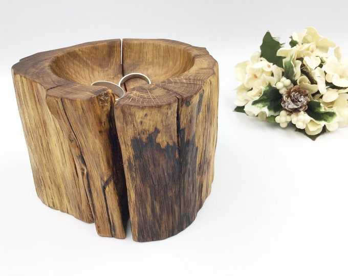 Bedside ring or trinket dish. Ancient Oak Wood. Jewellery, loose change or earring bowl / dish / tray. Crystal sphere display. Hand carved
