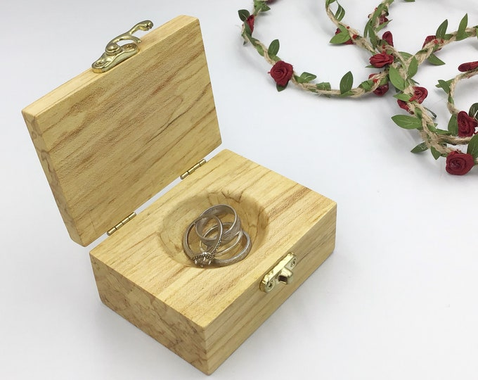 Jewellery box with hand carved ring dish. Bedside ring tray alternative that hold several rings, earrings etc. Native sustainable Ash wood