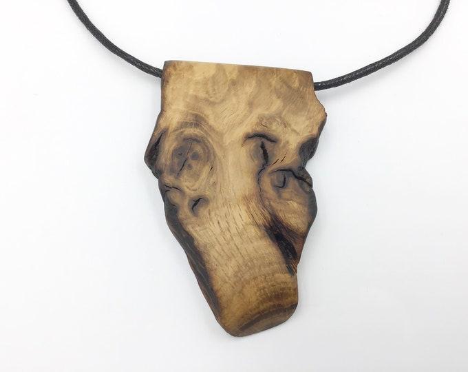 Pendant Oak - Bone Oak wood necklace - Ancient primitive Oak Wood – Handmade & unique - Tactile warm Oak necklace for man / woman-boxed gift