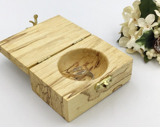 Ring box. Wedding ring box. Jewellery box. Wooden ring bearers box. Treasure chest. Luxury wooden ring box. Ring cushion pillow alternative