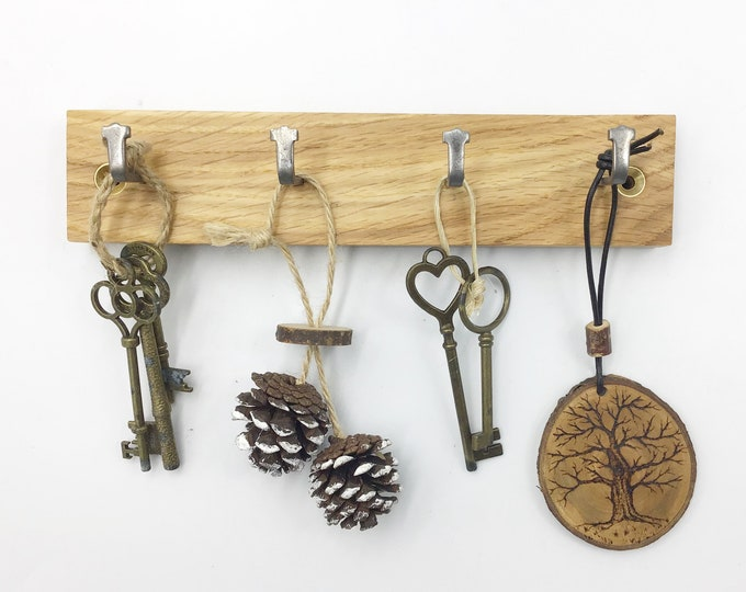 4 hook Oak wood wall mounted key rack - Natural Oak wall rack - Sustainable wooden decor - Strong metal hooks - Never lose your keys again!