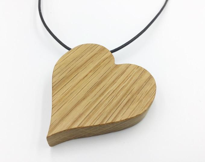 Oak heart necklace - Wooden love heart pendant necklace - Handmade Oak pendant - Valentine gift for her - Wooden Valentine love heart
