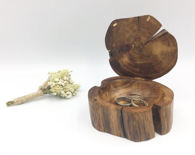 Jewellery box. Little 'Treasure Chest' ring dish hand carved from ancient Oak wood. Heirloom Gift box.  Ring Box Christmas gift for her