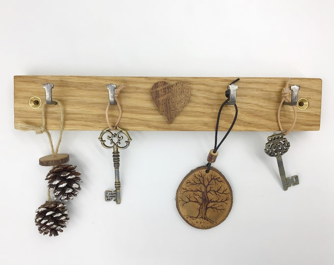 Oak 'Heart' Key Rack - Wooden wall key rack with 4 hooks and Dark Oak wooden Valentine love heart motif - Wall mounted - Modern Rustic home