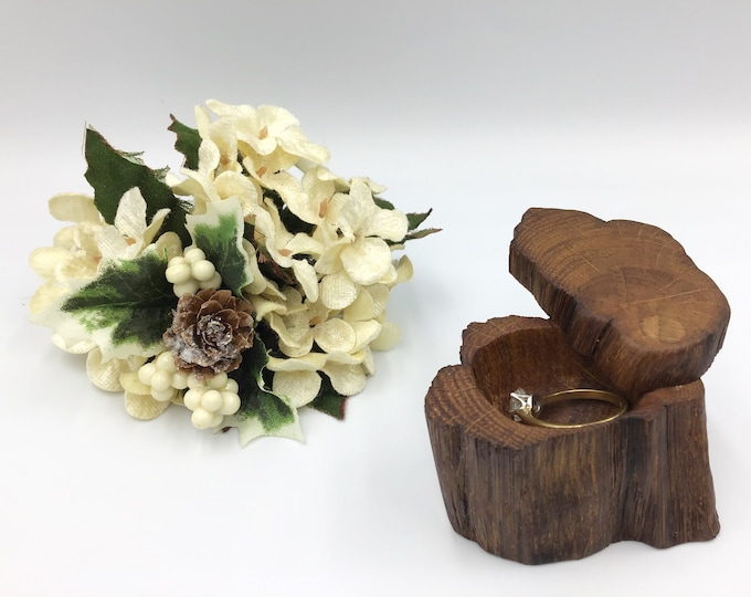 Engagement Ring Box - Natural Wood Proposal Box - Ring Holder - Wooden hand carved ring dish – Completely Unique - Ancient primitive Oak