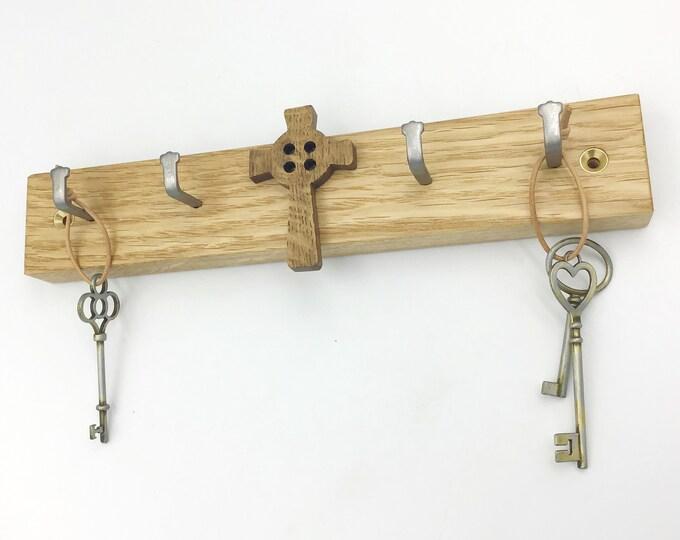 Oak Celtic Cross Key Rack - Wooden wall key rack with 4 hooks and Dark Oak wooden cross motif - Wall mounted 4 hooks / pegs - Modern Rustic