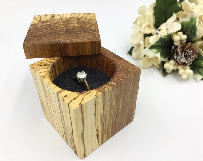Unusual Oak Wood Engagement ring box. Natural wooden proposal box. Oak Ring holder. Exquisite ring storage with foam insert. Striking wood