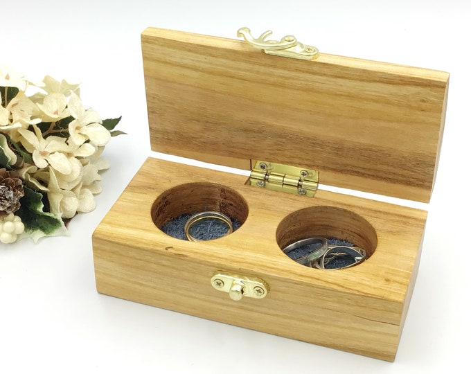 Jewellery box. Wooden jewelery box. Treasure chest. Ring / Earring / Charm box. Luxury. Heirloom Gift box made from sustainably-sourced Ash