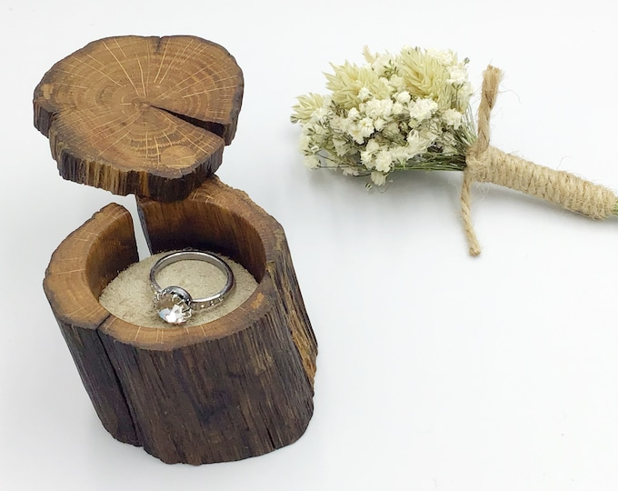 Ring Box - Engagement Ring Holder - Proposal - Ancient Oak Heart Wood & suede leather (Colour Choices Available) - Handmade Rustic Woodland