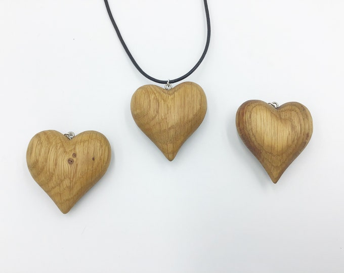 Heart necklace - Oak wood - Little wooden love heart pendant - Love and friendship - Handmade Christmas gift for her - Valentine love heart