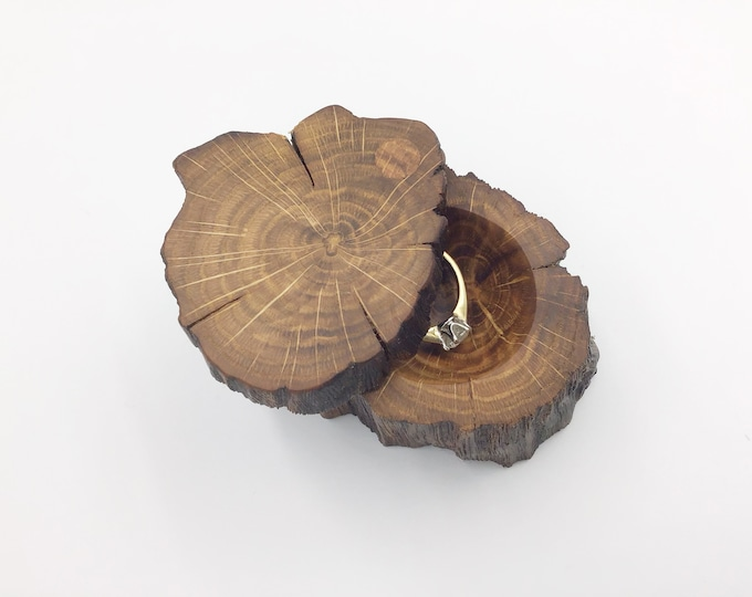 Engagement Ring Box - Natural Wood Proposal Box - Ring Holder - Hand carved ring dish – Luxury 'Marry Me' Box from ancient primitive Oak