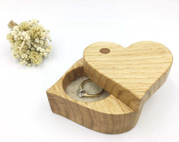 Heart Ring box - Oak wood Engagement Ring Box - Marry me ring box - 'Love Heart' design ring dish inlaid with cream suede leather - Hearts