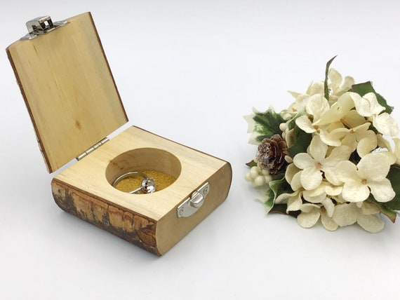 Ring box. Engagement ring box. Jewellery box. Natural birch proposal box. Ring Holder. Wooden ring box. Sustainabe wood. Mustard suede base