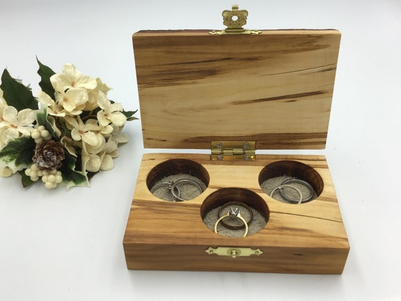 Jewellery box. Completely unique live edge wood jewelery box. Treasure chest. Ring / Earring / Charm / cufflink box. Luxury rustic woodland