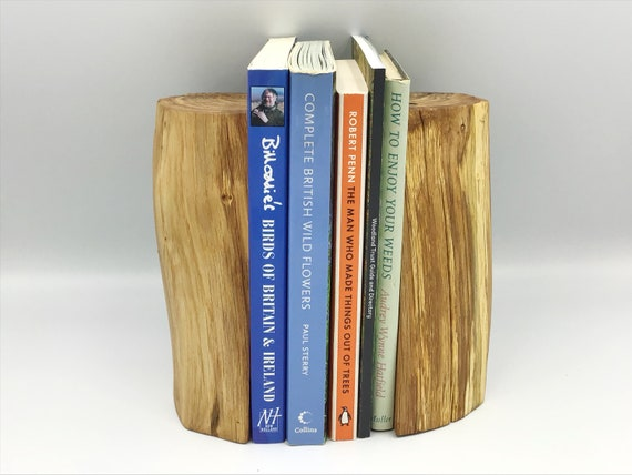 Bookends. Book end pair. Oak wood. Natural rustic home decor. Book lover gift. Perfect for paperback books / child's nursery / bedroom