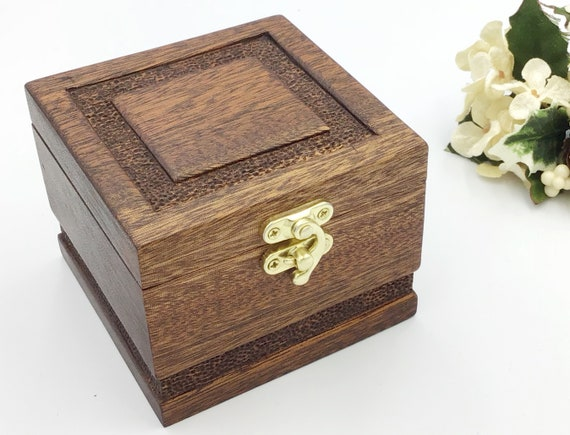 Jewellery box. Handmade. Handcarved detailing on top and sides. Wooden trinket treasure chest. Ring / Earring / Charm box. Luxury Gift box.