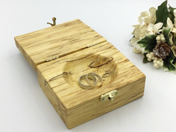 Ring bearer box. Jewellery box. Wooden treasure chest - alternative to ring bearers pillow or cushion. Luxury wooden ring box. Hand carved