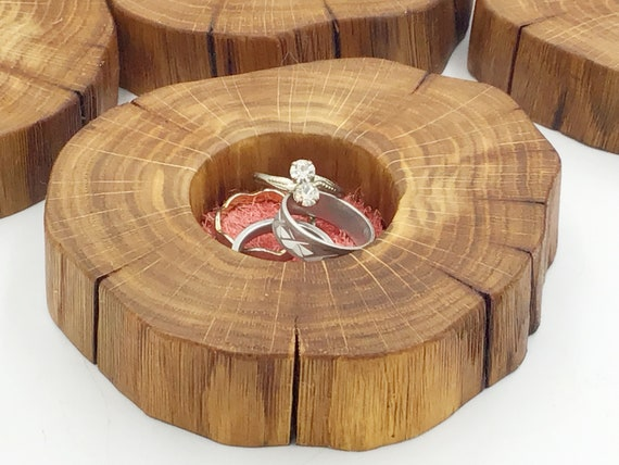 Ring or trinket dish. Bedside jewellery bowl / dish / tray. Earring Holder with Suede Inlay (range of colours available) - Natural Oak Wood