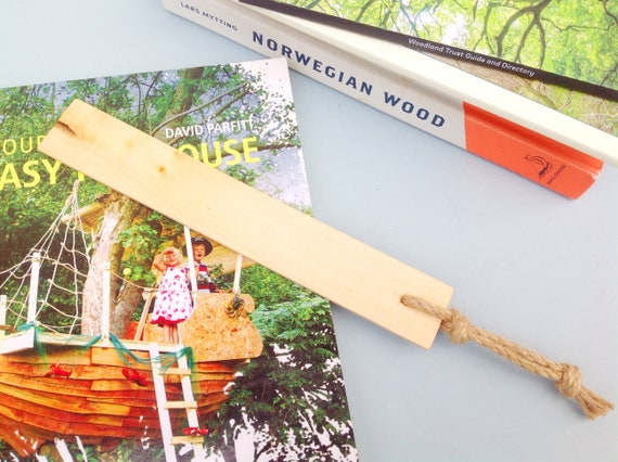 Bookmark - Holly Wood Book Mark - Book lover gift - Natural rustic - Wooden bookmark from sustainable wood - Bookworm gift - Free UK postage