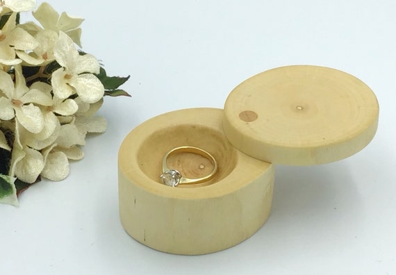Ring box. Engagement ring box. Jewellery box. Natural hazel proposal box. Ring Holder. Wooden ring box handmade from carved wood. Stylish
