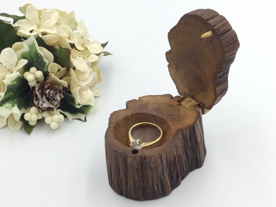 Ring Box / Engagement Ring Holder / Live Edge Wooden Ring Box / Ancient Oak Heart Wood / Hand carved dish / Handmade Wooden Hinge and Clasp