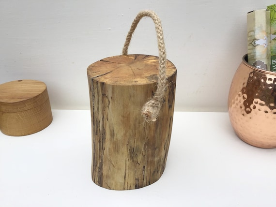 Log door stop - Solid wooden log door stop - Natural wood doorstop - Wooden door stop - Simple living - Rustic living - Sustainable product