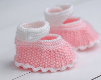 Baby booties knit Booties baby Infant shoes Newborn shoes Baby gift booties Pink baby boots Toddler booties Newborn booties Pink baby shoes