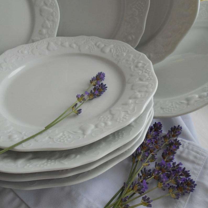 Set of Eight Limoges Porcelain Dinner Plates Jeanne d/'Arc Living White Limoges Plates in Jeanne d/'Arc Style Large White Dinner Plate Set