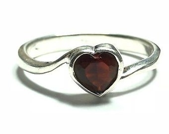 8mm Heart-Shaped Faceted Gemstone Two Pieces Approx Natural Garnet G124