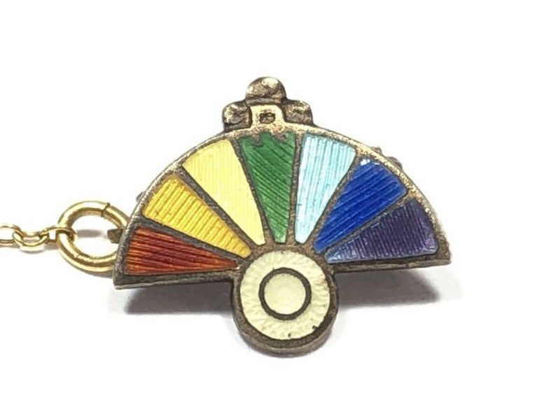 VTG Ladies Gold Vermeil Sterling Silver Rainbow Chinese Fan /& Pot Of Gold Pin