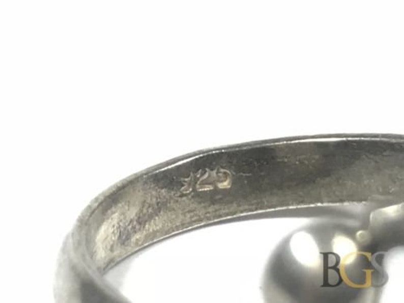 Take A Look! Size 10 Wow! Vintage Ladies SOLID Sterling Silver Ring