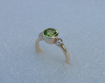 On sale-Peridot gold ring with diamonds-gold and diamond ring-solid gold diamond ring-Peridot and diamonds