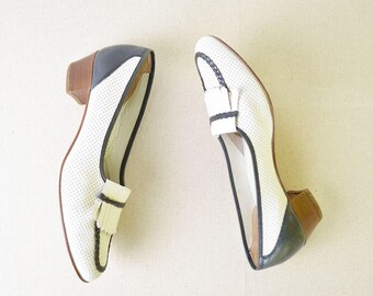Vintage Loafers/Pumps 40s Style with perforated Shell