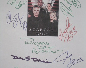 Stargate SG-1 Signed TV Script Screenplay X10 Richard Dean Anderson Michael Shanks Amanda Tapping Christopher Judge Vaitiare Bandera Acovone