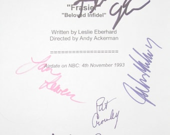 Frasier TV Cast Signed Script Screenplay X7 autograph Kelsey Grammer David Hyde Pierce Jane Leeves John Mahoney Peri GilpinJoBeth Williams