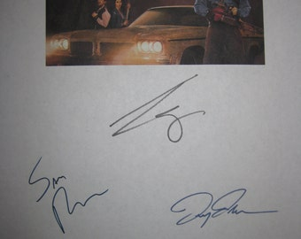 Ash vs Evil Dead Signed TV Screenplay Script Autographs Signatures Bruce Campbell Sam Raimi Lucy Lawless Horror TV Show
