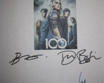 The 100 Signed TV Script Screenplay Autograph X6 Eliza Taylor Marie Avgeropoulos Devon Bostick Bob Morley Henry Ian Cusick Chris Larkin