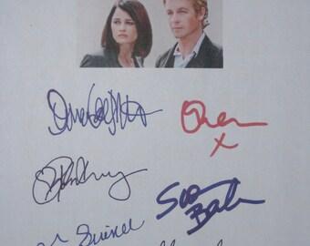 The Mentalist Signed TV Script Screenplay X6 Autographs Simon Baker Robin Tunney Owain Yeoman Amanda Righetti Steven Culp Tim Guinee