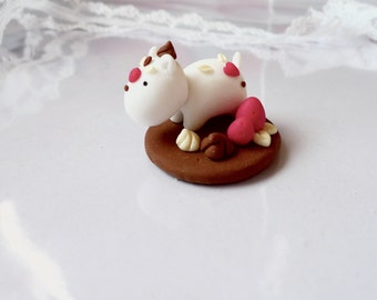 Chocolate Momo With Strawberries Loose Stand, Handmade Polymer Clay Collectible, Kawaii Tiny Fantasy Sculpture, Cute Pastel Spirit Animal,