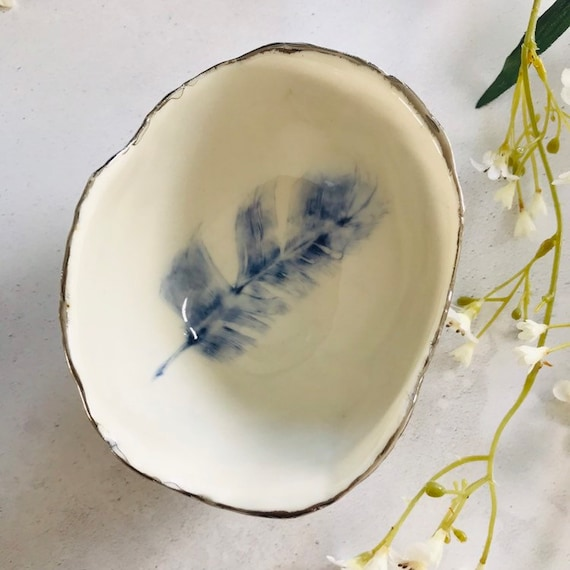 Blue feather bowl in high fired porcelain with real platinum rim