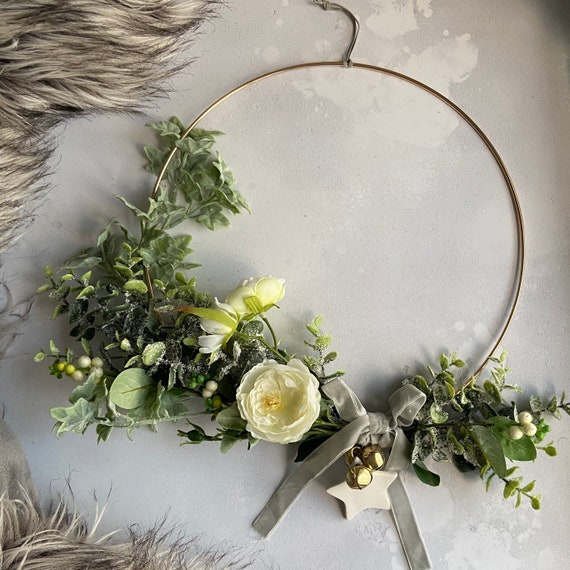 Faux-Flower Wreath on Gold Hoop with Porcelain Star and Grey Velvet Bow, Christmas decor, Hanging Star Decorations