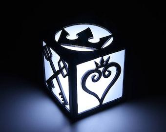 Light box of Kingdom Hearts. Lamp, decoration, home decor, illumination, wood. Game, videogame, gamer, geek. LED candle.