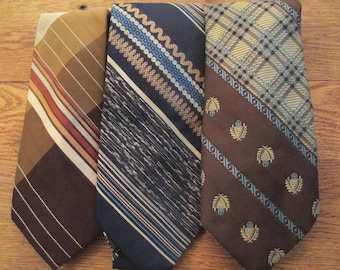 """Vintage """" Brown and Blue Ties""""  Set of 3 Ties, Belt, Headband, Tee Shirt Collar,  Rug Crafts. Sewing Project. Sunglass Case. Pencil Holder"""