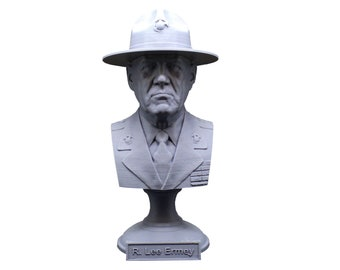 """R. Lee Ermey (with Drill Instructor Cover) USMC Retired """"The Gunny"""" 5 Inch Bust"""