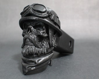 """Wastelander Skull Trailer Tow Hitch Receiver Plug Cover that fits 2"""" Receivers for car, truck, or SUV"""