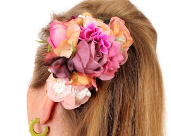 Ruby Boo Makes Modern  Pin Up Hair Flower/Corsage Roses Hydrangea Ranunculus 1940 1950 Burlesque Prom Wedding Birthday Gifts.